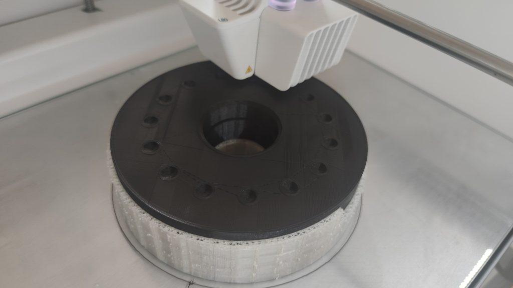 Huzalfeszító gép csiga prototípus